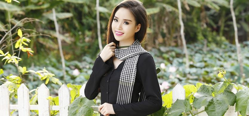 Ba Ba Shirt - One of the most famous Vietnamese costumes that you should know