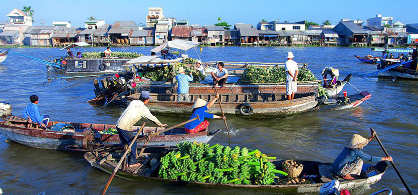 Experience Wooden Boat - Mekong Travel Guide