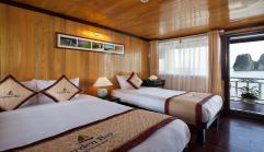Balcony Triple cabin