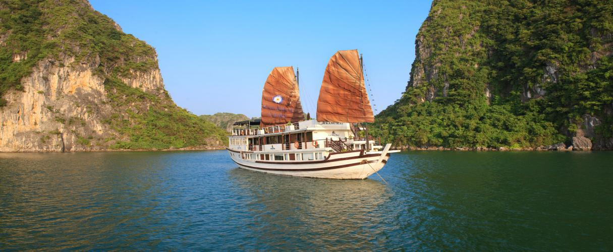 Fr-Garden Bay Premium Cruise Halong 2 days/ 1 night
