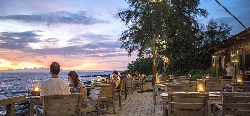 Enjoy delicious meals at the restaurant with beautiful views in  Phu Quoc