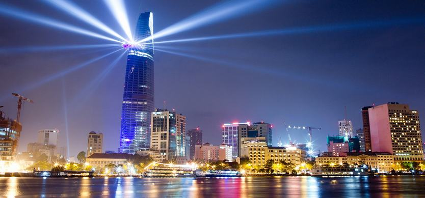 Top 7 crazy things to do in Ho Chi Minh City at night