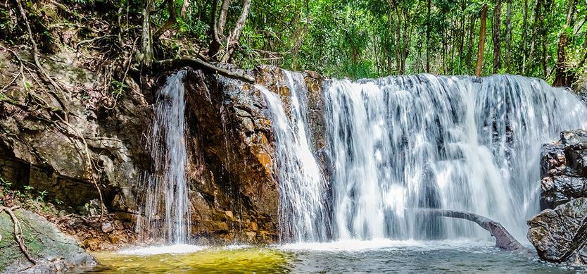 Suoi Tranh (Tranh Stream)