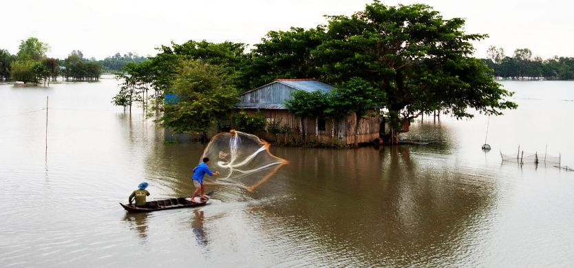 Visit Mekong Delta Floating Houses And Fish Farms