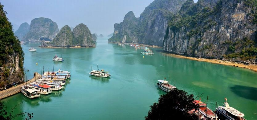 5 useful information for first-timers when traveling to Halong Bay