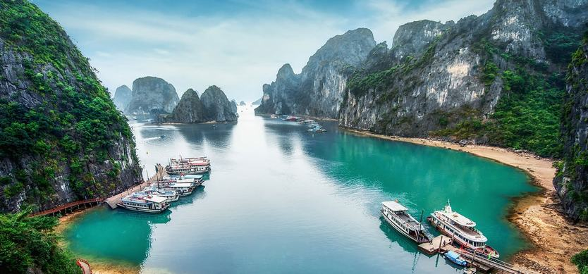 Why is Halong bay one of the most beautiful places on planet?