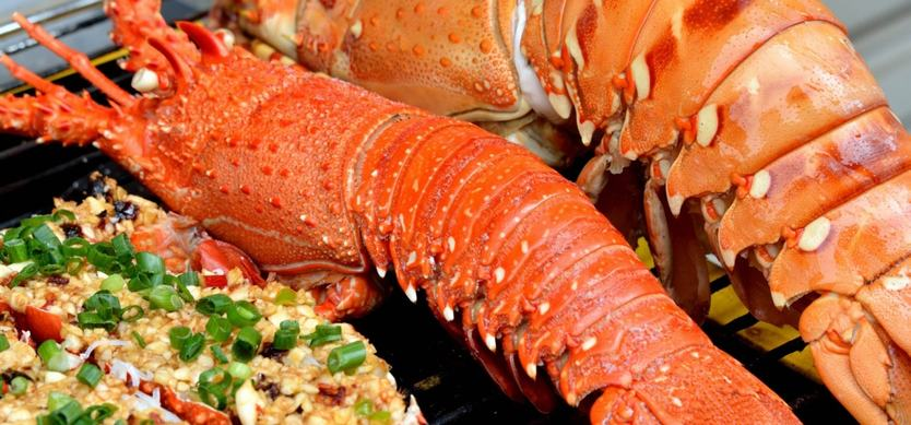 Top must-try seafood when visiting Halong Bay