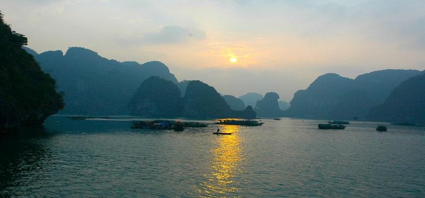 See sunset and sunrise on Halong Bay