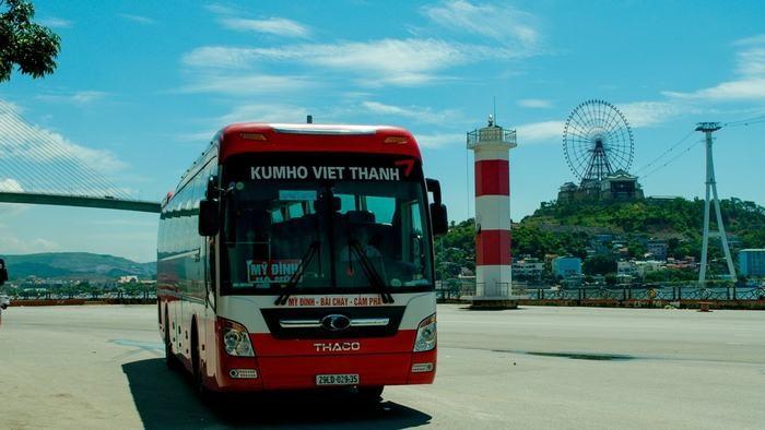 Kumho Viet Thanh Bus