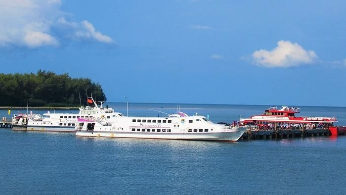 Ferry to Phu Quoc