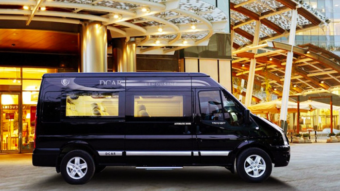Transfer to Halong by minivans