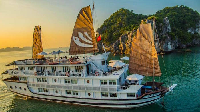 What you will enjoy more on a 2-day cruise tour compared to the 1-day boat tour