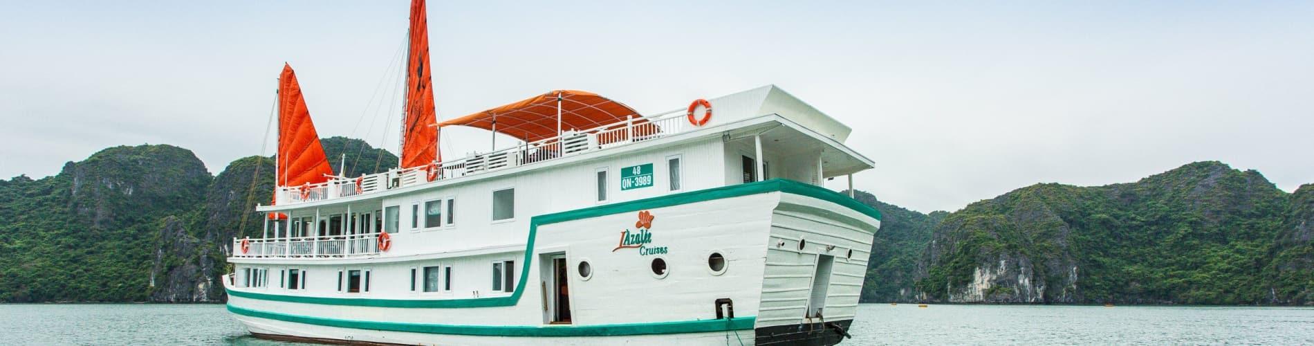 L'Azalée Deluxe Cruise
