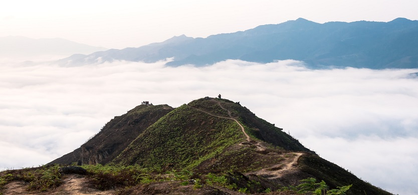 The Best Destinations In Northern Vietnam To Hunt The Cloud