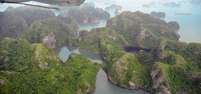 vi- Experts offer suggestions to remove scripts on Halong Bay caves