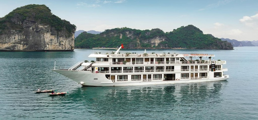 Halong Bay Cruise Ban Continues Through July 29