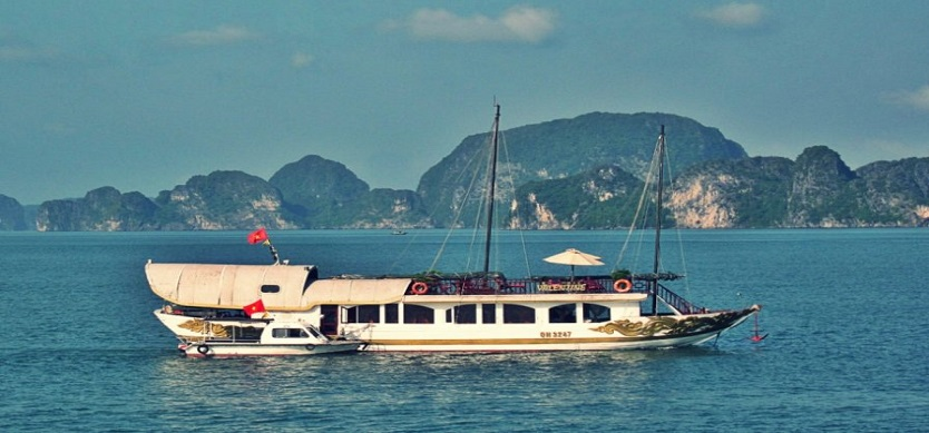 Halong Bay in Top 10 Valentine's Day Retreats