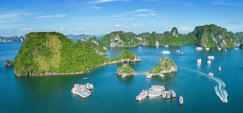 Halong determined to become civilized, friendly tourist city