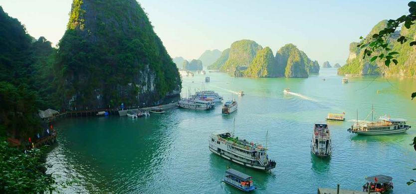 vi-How to transfer from Noi Bai airport to Halong Bay?