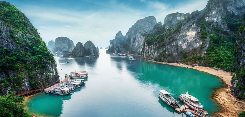 Guide to travel from Halong to Lan Ha Bay