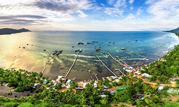 Where will you choose to visit this summer, Phu Quoc or Mui Ne?