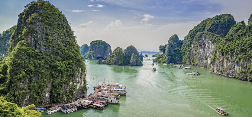 How to get to Halong Bay
