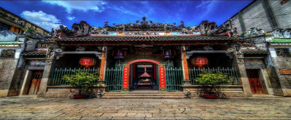 Free tour to Chinatown in Saigon