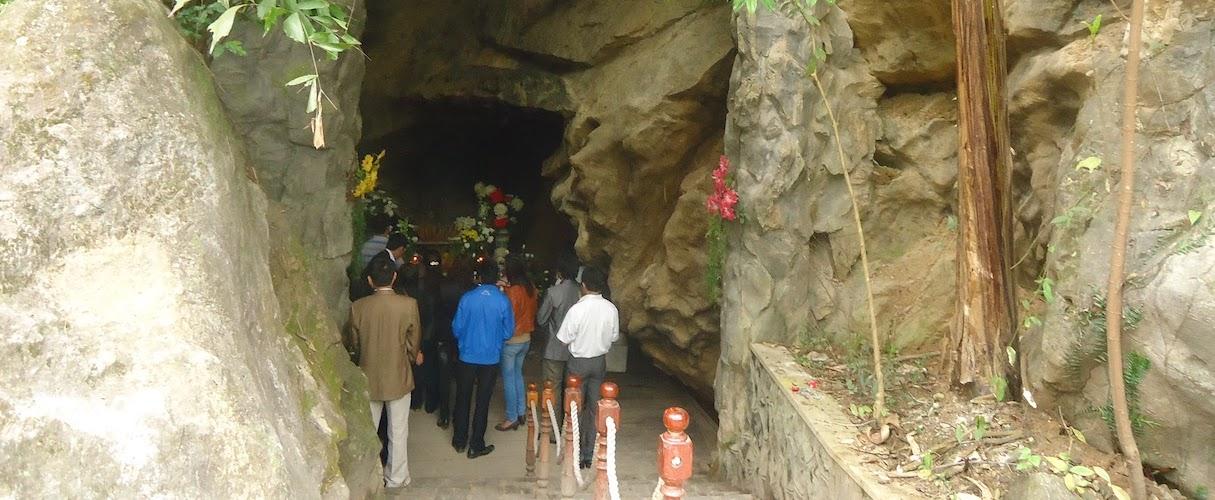 8 Ladies Cave & Temple