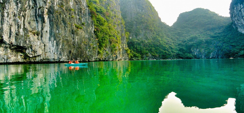 About Halong- Where is Halong Bay?