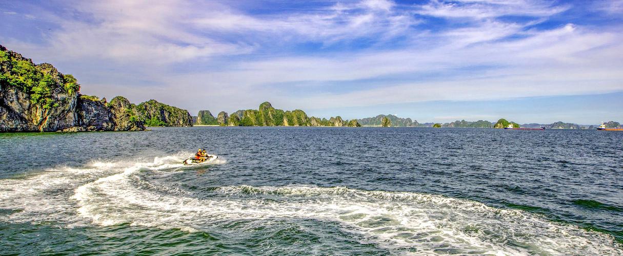 fr-Bai Tu Long Bay