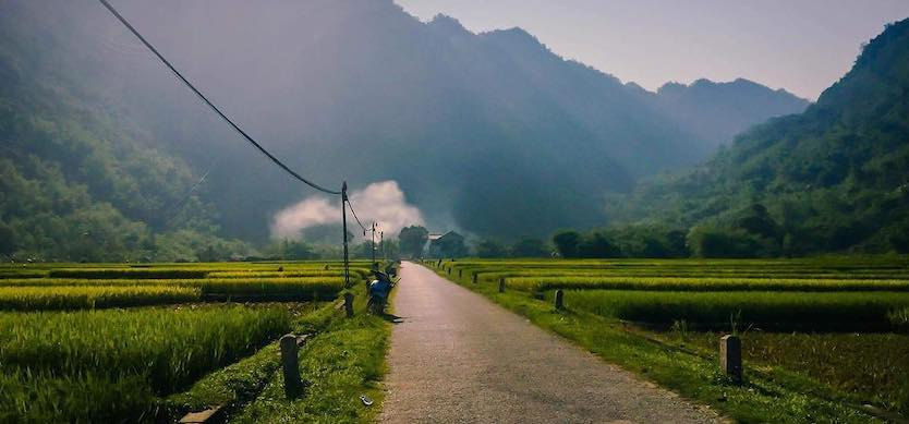 Discover Mai Chau by car - Why not?