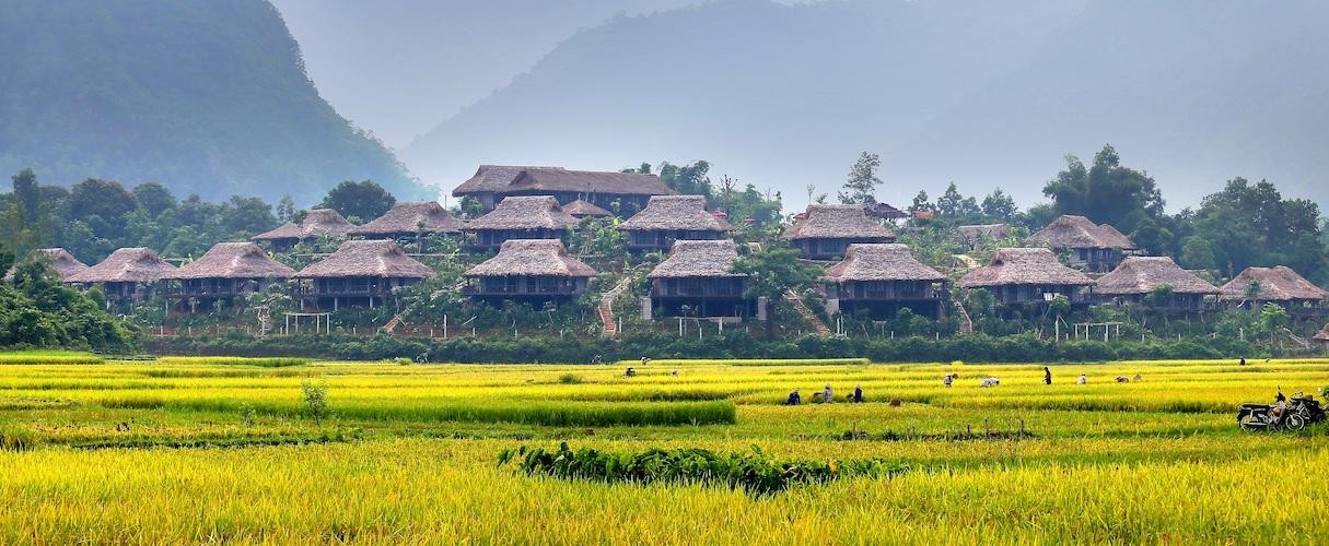 vi-Lac Village