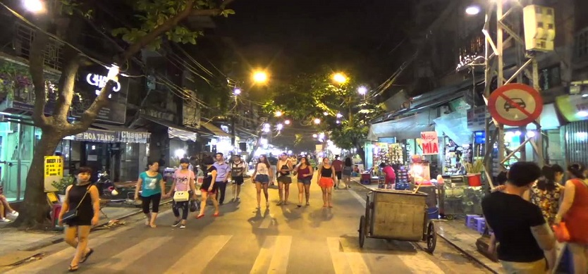 Strolling around Hanoi Old Quarter Night Market and Walking Streets