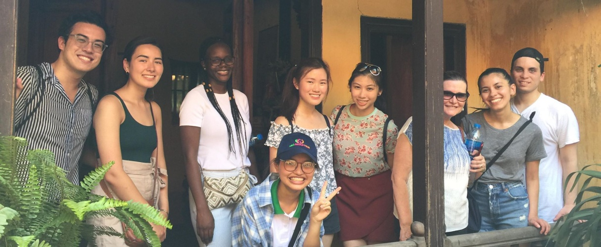 Hanoi Old Quarter and French Quarter Walking Group Tour (Half Day)