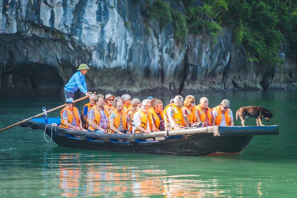 bamboo-boat-ancora-cruise