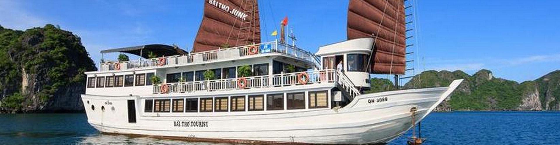 Du thuyền Bài Thơ