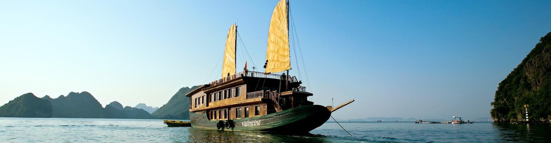 Du thuyền Valentine