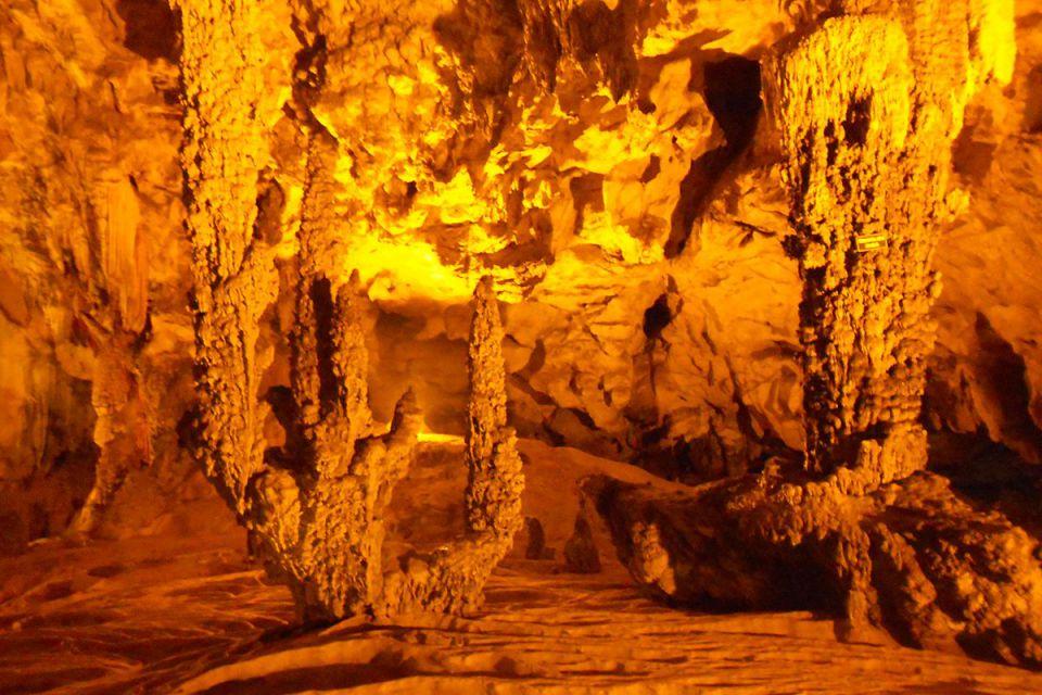 nguom-ngao-cave