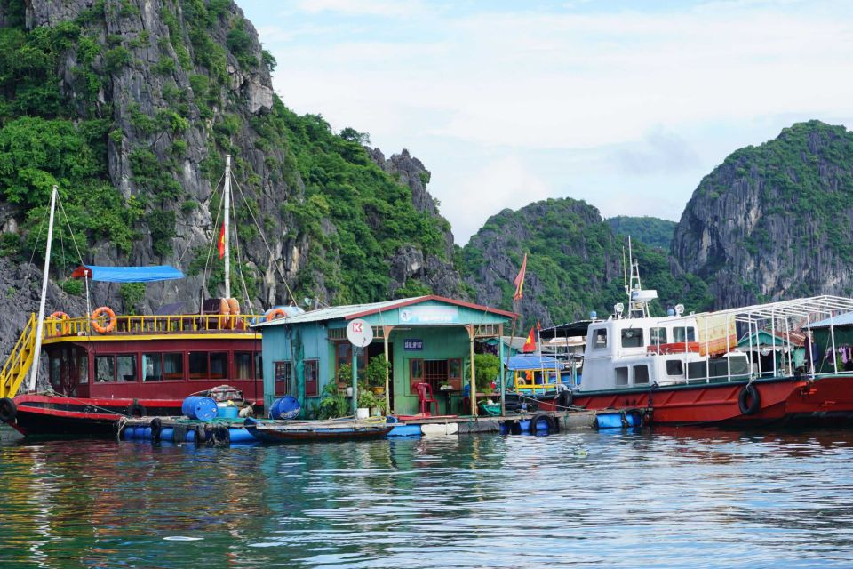 halong-fishing-village