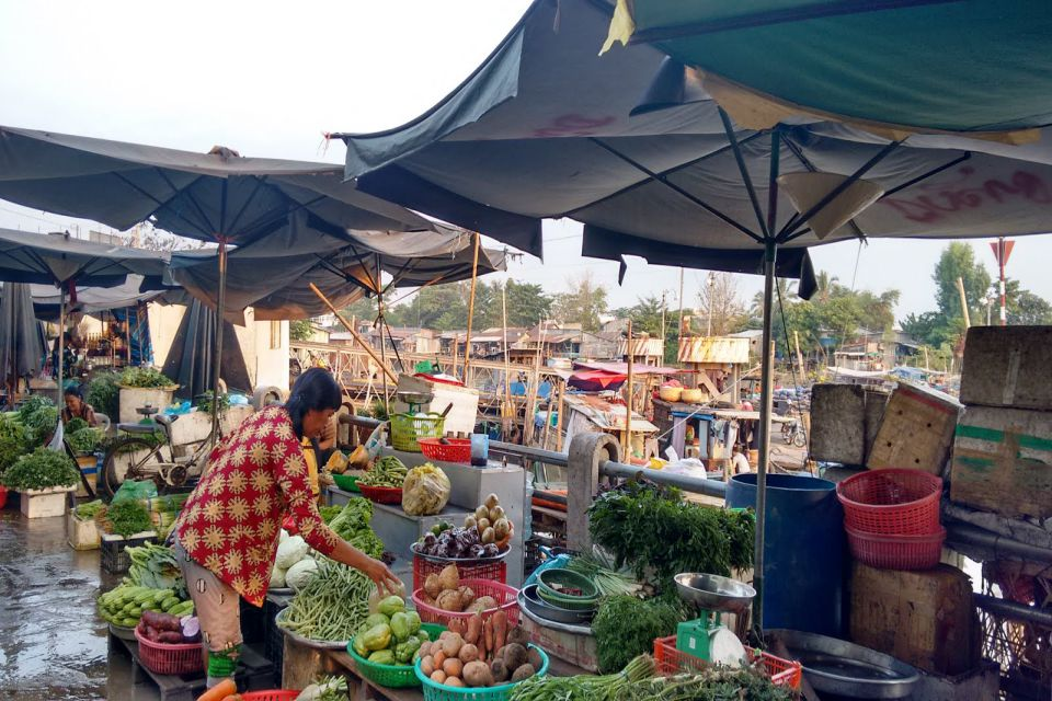 long-xuyen-market