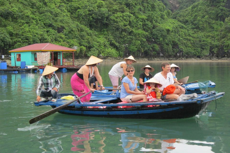 halong-private-boat-trip-from-hanoi-4-hours-4