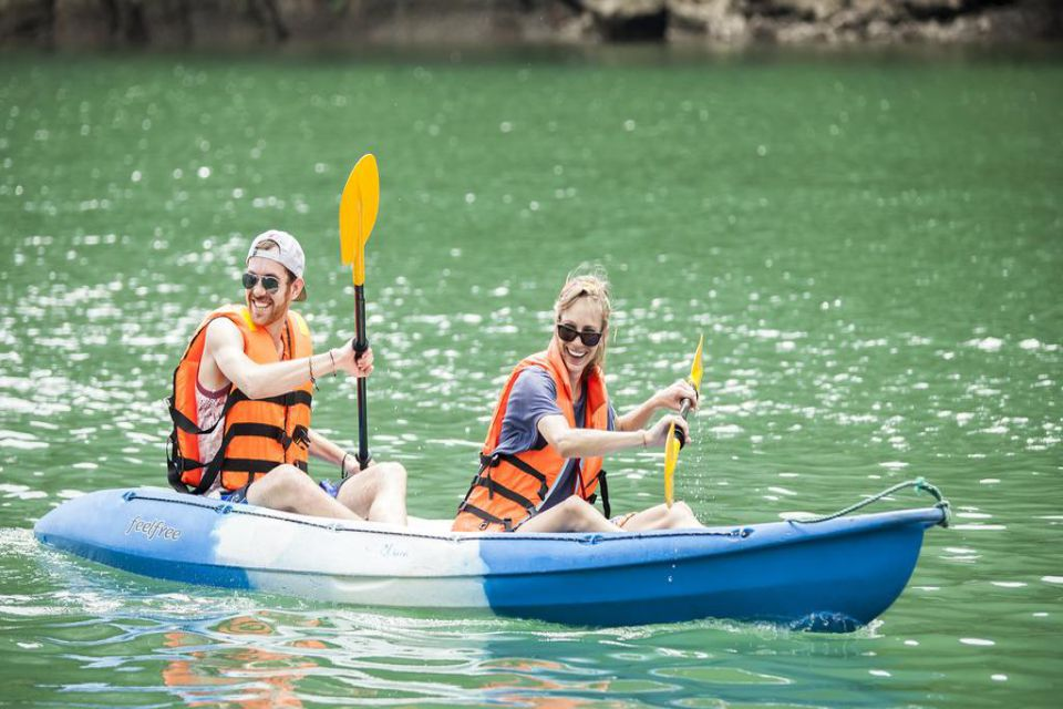 kayaking-violet-cruise-3-days-2-nights-2
