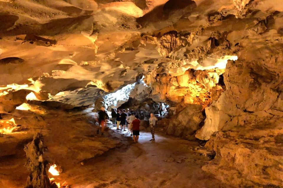 thien-canh-son-cave-dragon-bay-day-cruise