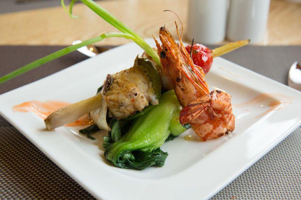 fr-maya-palace-cruise-2-days-1-night-food