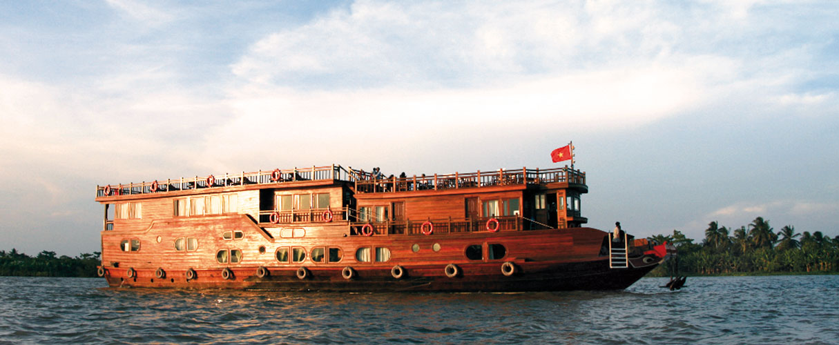 2-day Mekong Eyes Cruise between Cai Be and Can Tho