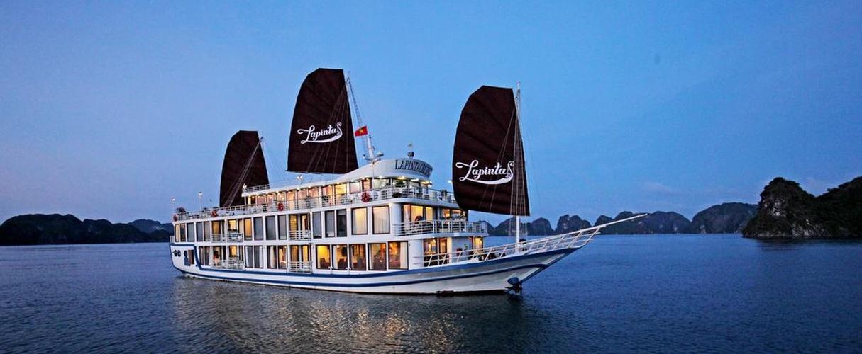La Pinta Cruise 3 days/ 2 nights