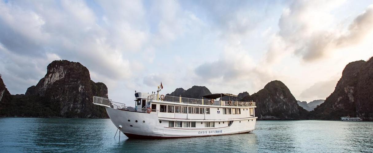Fr-Oasis Bay Classic Cruise 2 days/ 1 night