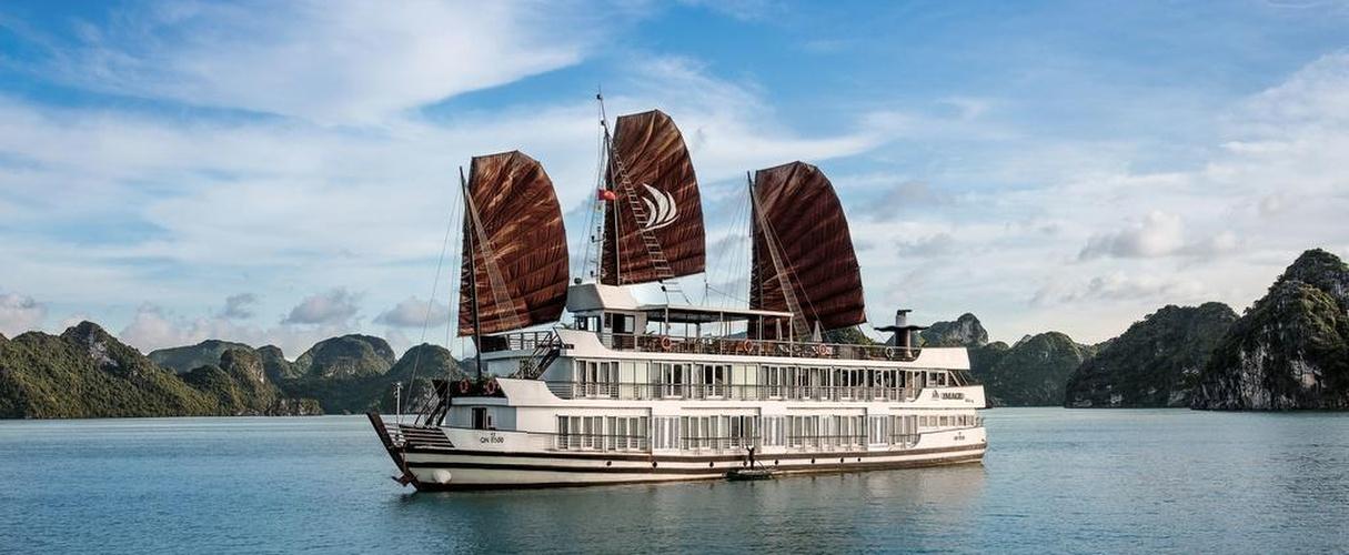 Pelican Cruise 2 days/ 1 night