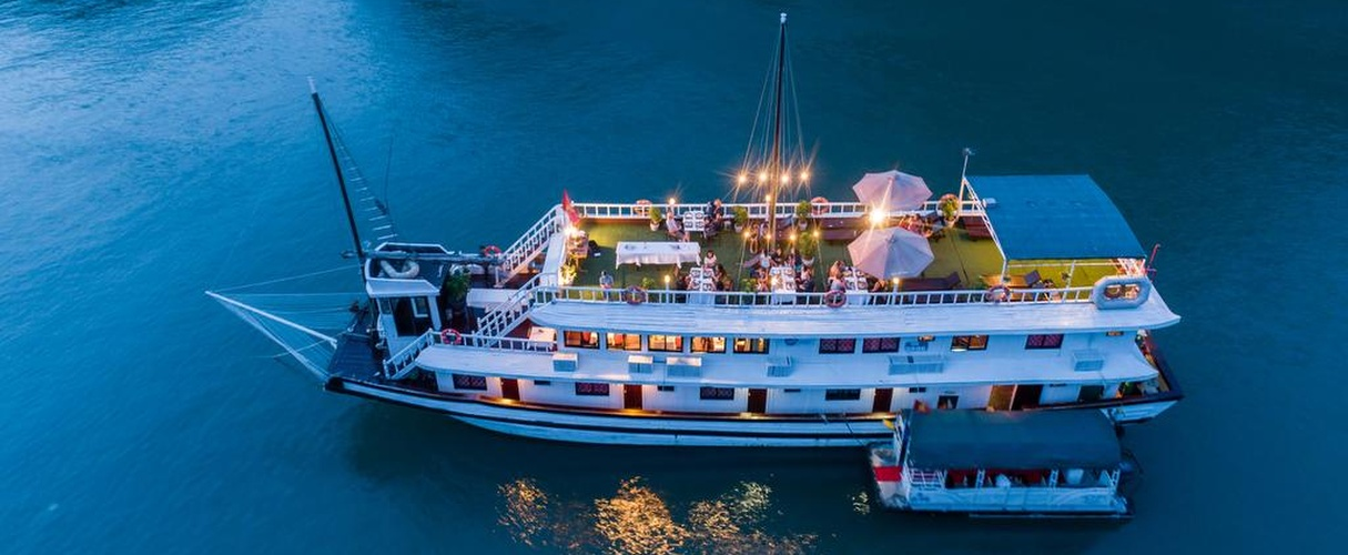 Swan Deluxe Cruise 3 days/ 2 nights
