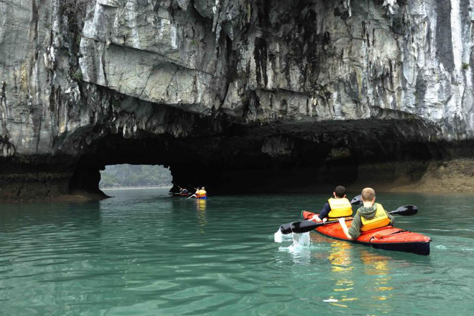kayaking-indochina-sails-3-days-2-nights-3